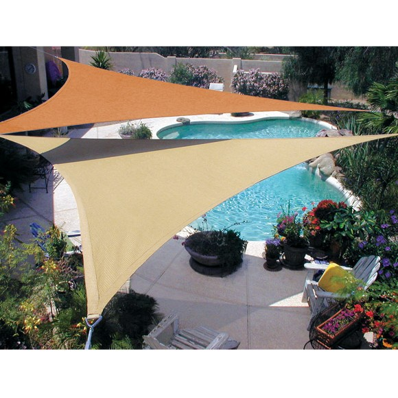 Shade sails make your garden charming and cool quictent for Shadesails com